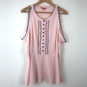 ModCloth 2X Pink Tuxedo Sleeveless Peplum Blouse